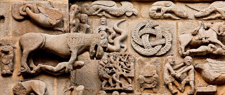Detalle de portada de la Iglesia de Santa María de Sangüesa