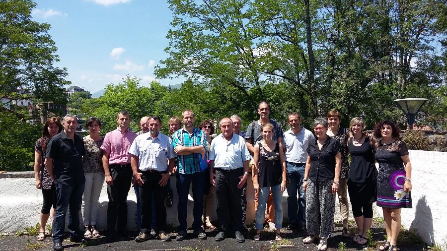 Las Juntas Generales del Valle de Aezkoa y Salazar, y las Comisiones Sindicales de Cize y Soule presentan el proyecto SASC IRATI, que persigue la gestión conjunta transfronteriza de Irati.